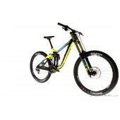 Giant Glory Advanced 1 2016 Carbon Downhillbike